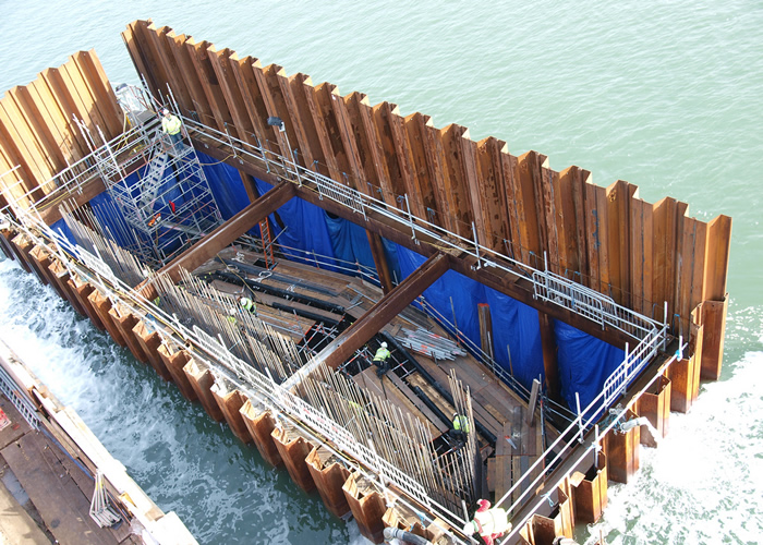 Sheet piles in construction