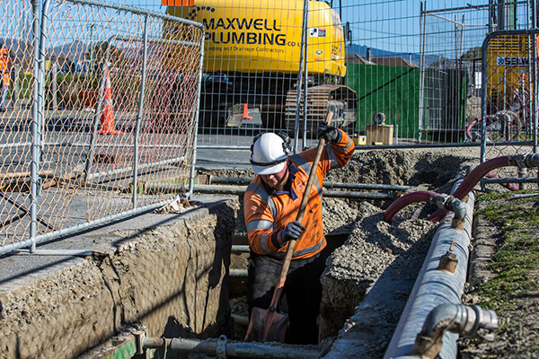 Sheet Piling And Dewatering