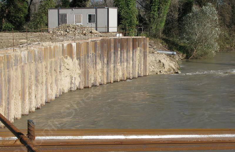 Failure Of Sheet Pile Retaining Wall When Struts Were Removed