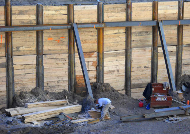 Sheet Pile Support System Inspection and Remediation